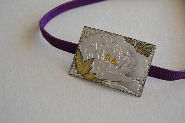 純銀製帯留め彫金牡丹