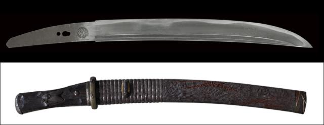 商品番号:L-760 短刀 (葵紋)無銘 拵え付き 木箱付き