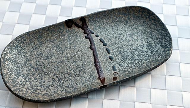 丹泉窯  楕円皿