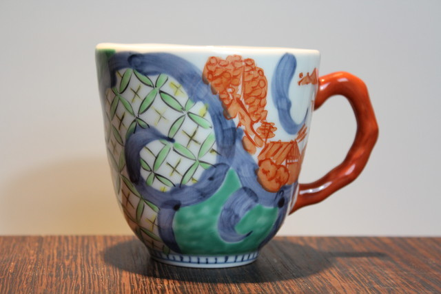 マグカップ・磁器・そうた窯・色絵