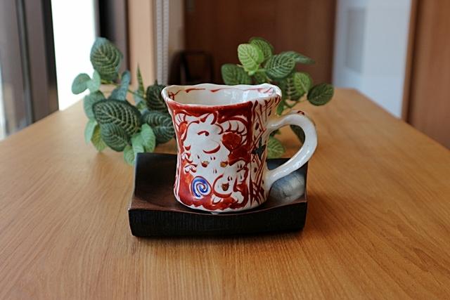 マグカップ 赤絵 榛澤宏