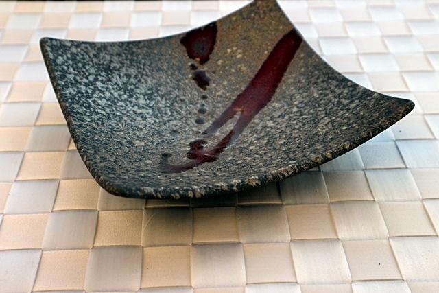 丹泉窯  角皿