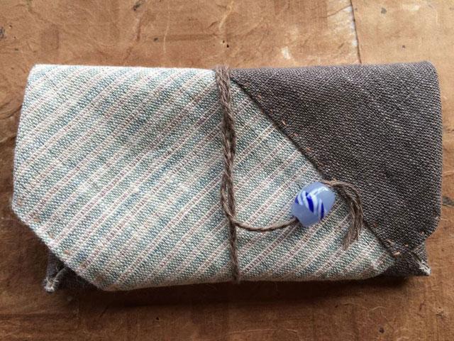 宮崎朝子・手織りヘンプ財布(ひも式)