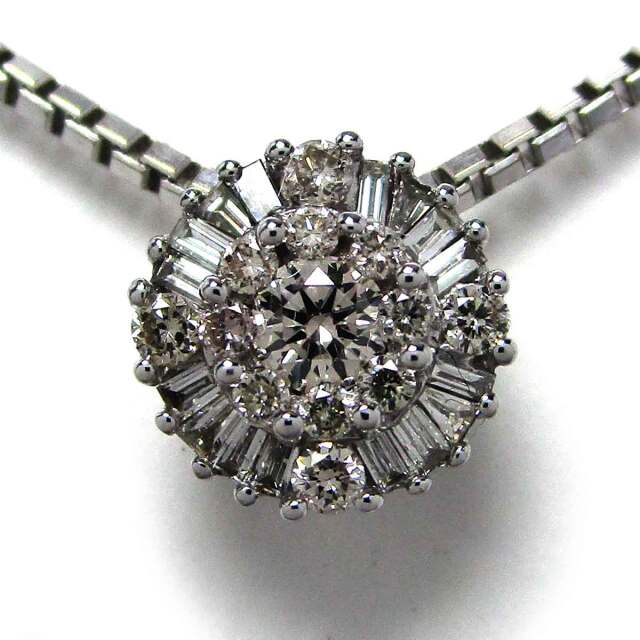 レディースネックレス ダイヤモンド K18WG トップ径7.5mm - TAN2100084