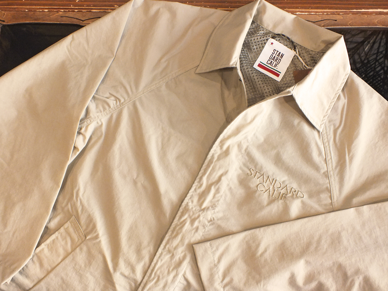 【送料無料】STANDARD CALIFORNIA PACKABLE CAR COAT BEIGE
