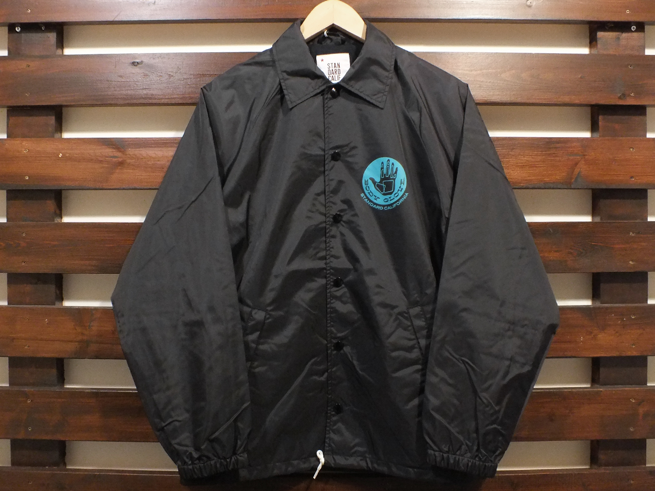 【送料無料】BODY GLOVE × STANDARD CALIFORNIA COACH JACKET BLACK
