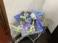 ホワイトブルーの花束