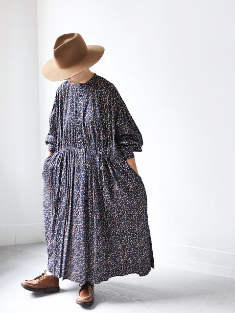 TOUJOURS (トゥジュー) Classic Gathered Dress (花柄ワンピース)