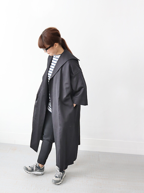 TOUJOURS (トゥジュー)  Side Seam Vents Sailor Collar Coat - KM32HC01