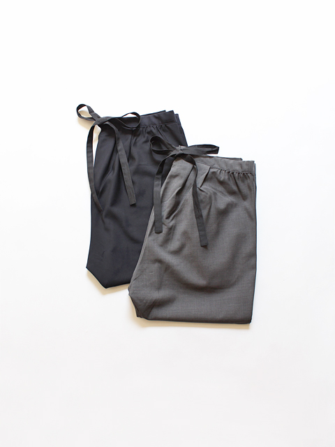 TOUJOURS (トゥジュー) Pleated Back String Pants - SUPER 100's NATURAL STRETCH WORSTED WOOL CLOTH