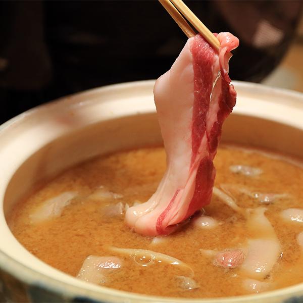 猪肉ぼたん鍋