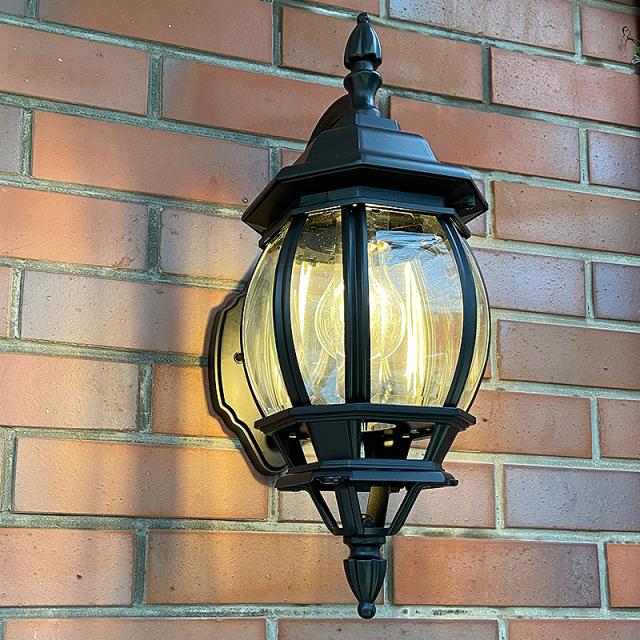 照明器具,センサー,明暗センサー,輸入照明,輸入住宅,おしゃれ,照明,屋外照明,玄関照明