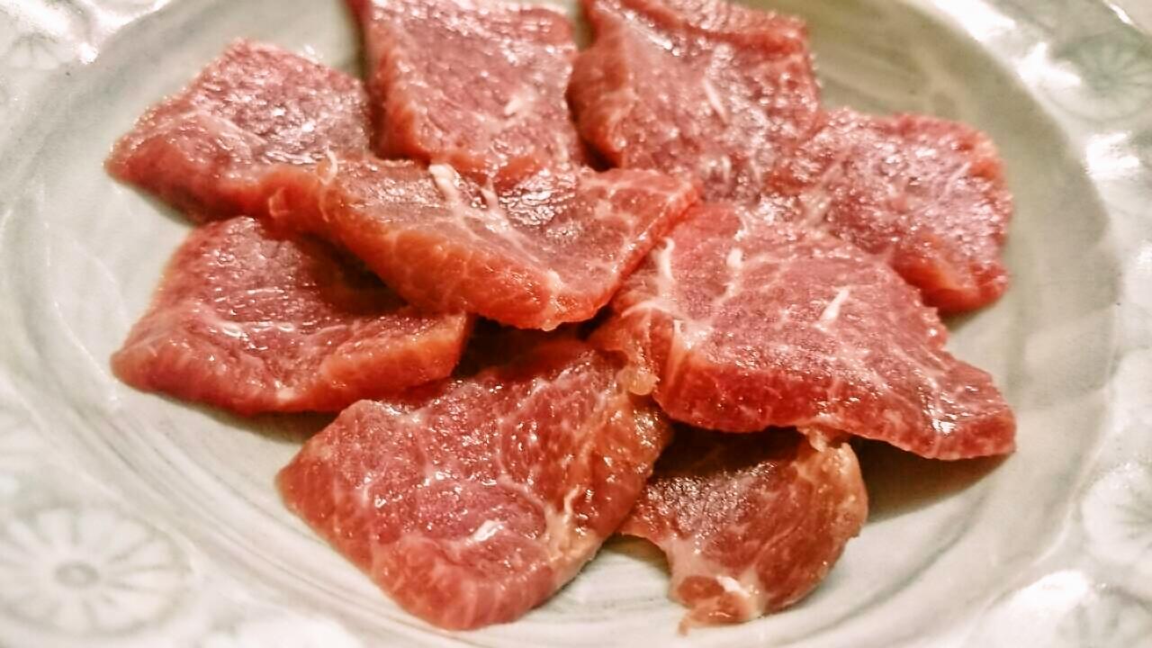 得うま鯨赤肉刺身用すきやき用