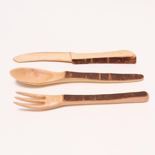 木のぬくもり雑貨 手作り 木製食器 さくらの木スプーン/フォーク/ナイフセット 色柄1点もの 蜜ろう塗加工