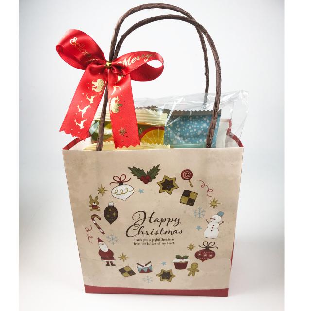袋詰めクリスマスお菓子