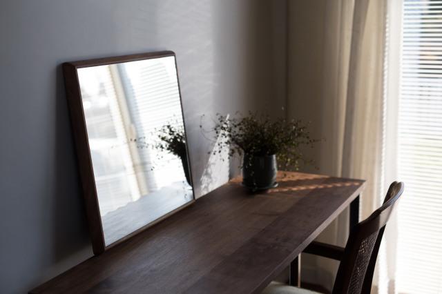 ステラ 27.2x27.2cm ウォールナット材 壁掛けミラー 正方形 (通常便商品)