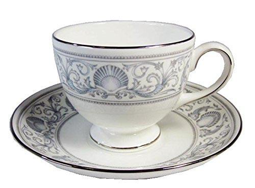 ウェジウッド 旧壺刻印 ドルフィンホワイト リーシェイプ ティーカップ&ソーサー