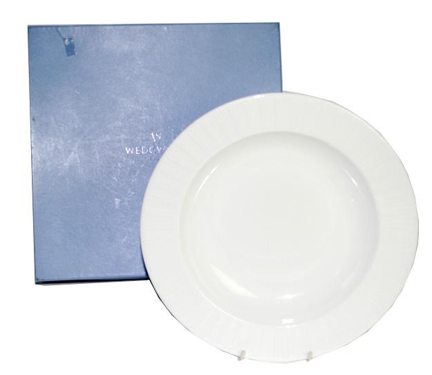 未使用 ウェッジウッド  ナイト&デイ 深皿 28cm