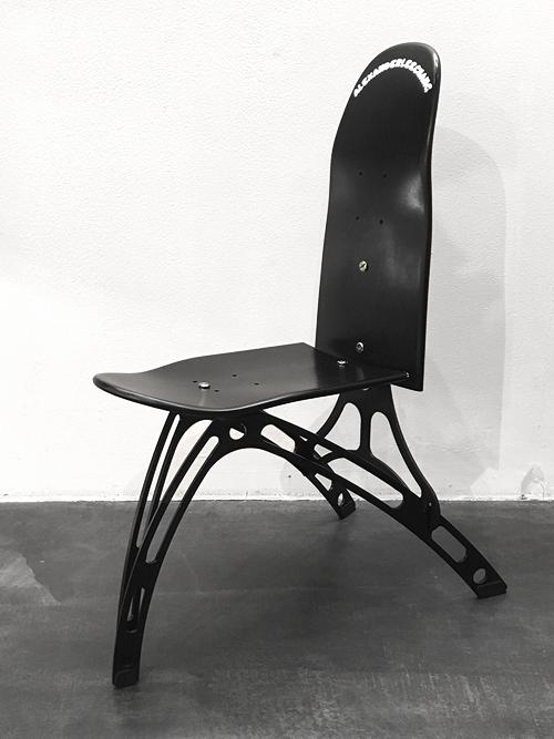 """AlexanderLeeChang   アレキサンダーリーチャン  """"KUMITATE SK8 CHAIR"""" <組み立て式椅子>"""