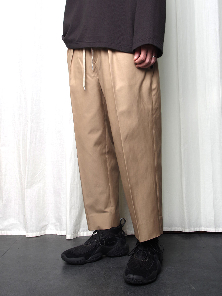 "【2020AW】 ANEI (アーネイ)  ""INTUCK SLACKS WIDE"" <パンツ> - KHAKI"