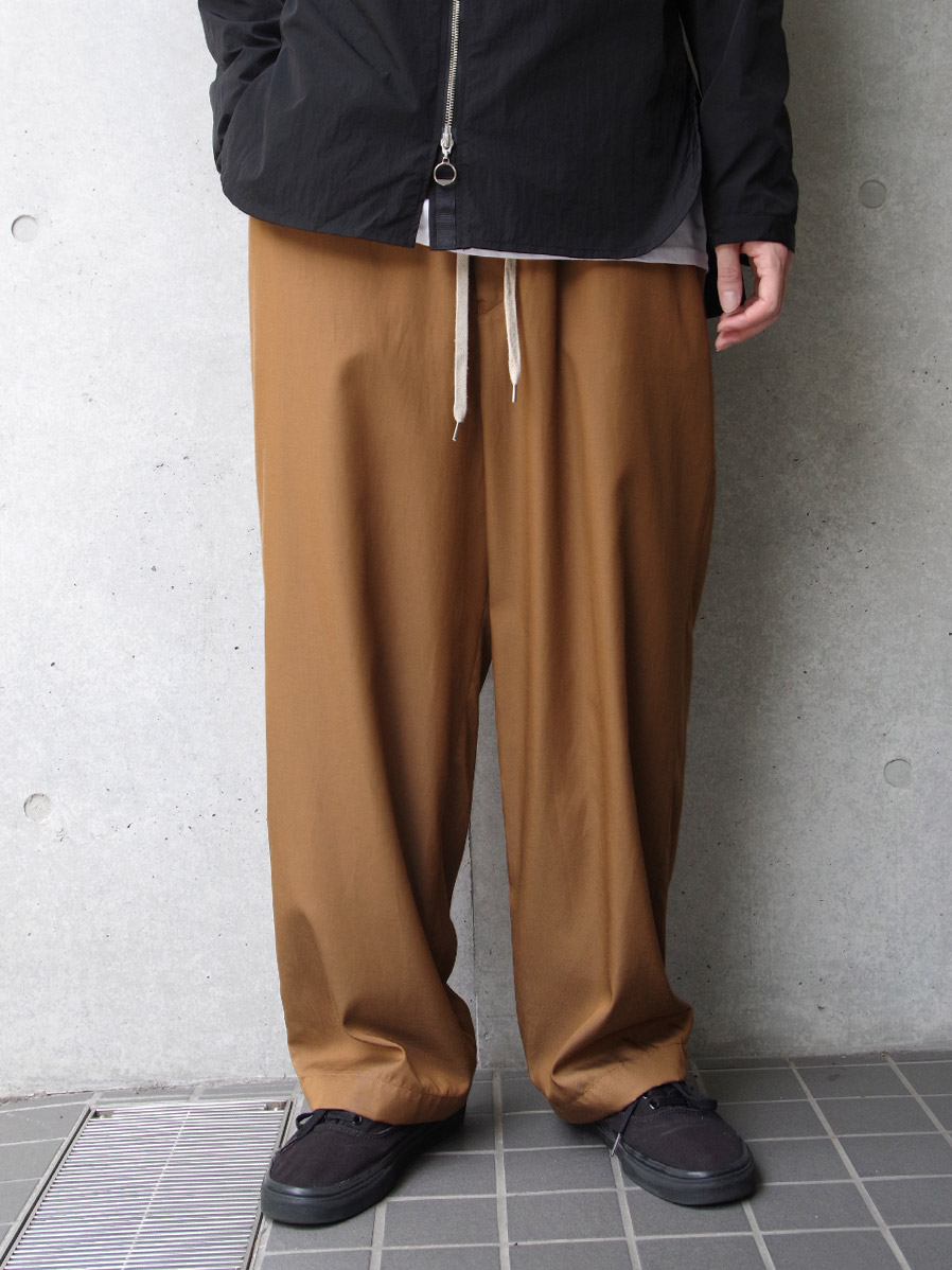 "【2020AW】 ANEI (アーネイ)  ""ISLE PANTS"" <ワイドパンツ> - BROWN"