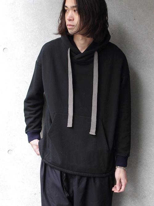 """【SHELTER別注】 Dulcamara (ドゥルカマラ) """"18SS SWカンガルーPK"""" - BLACK"""
