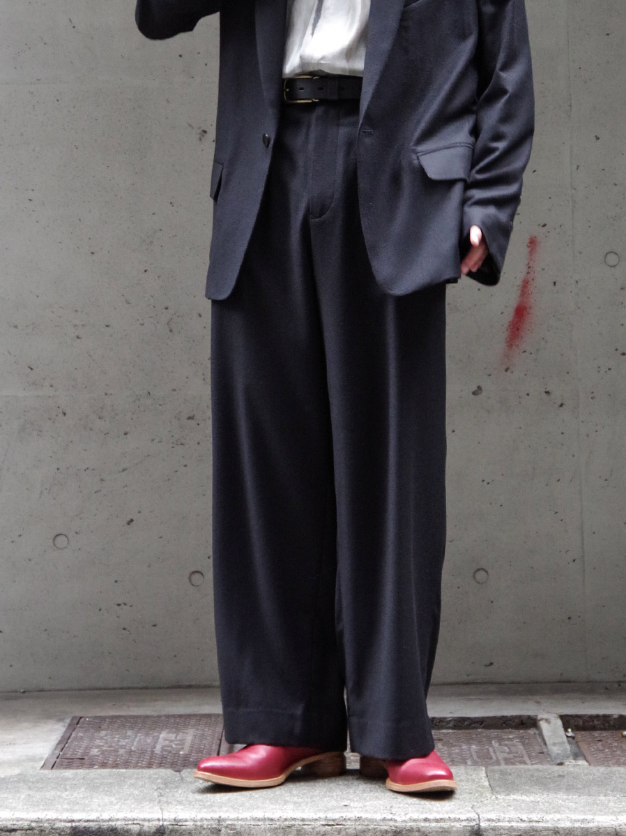 "dauerbrenner by Edwina Horl // ""BUNDFALTENHOSE WIDE PANTS"" - BLACK"