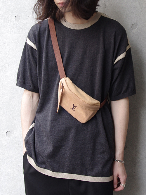 "【海外の方専用】 FOR INTERNATIONAL ORDER ONLY 【Delivery on July/PRE-ORDER】 GILET ""REMAKE LV BUMBAG"""