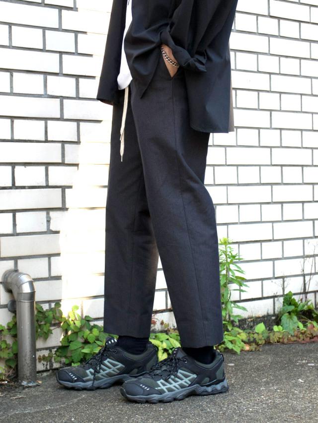 "LAST 1. 【2021SS】 ANEI (アーネイ)  ""TRACK SLACKS SLIM J.P."" <パンツ> - CHARCOAL"