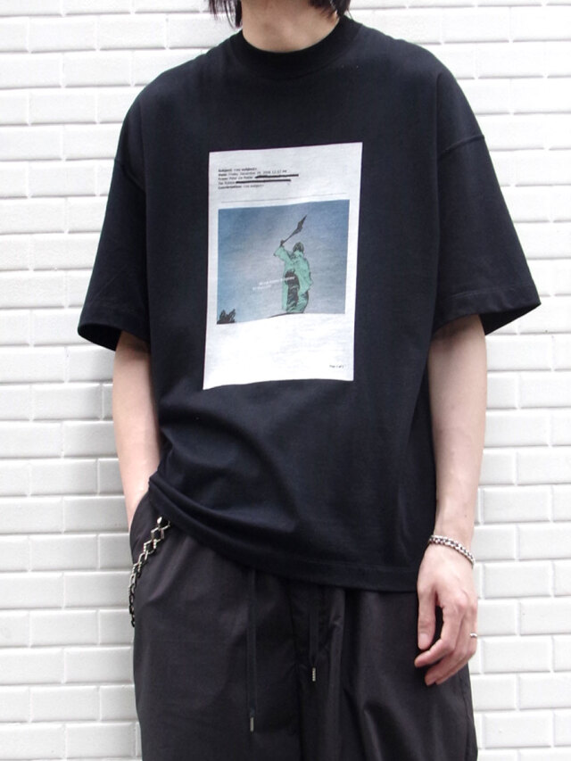 """【20AW】 ALMOSTBLACK (オールモストブラック) """"PRINT TEE graphic by PETER DE POTTER"""" <Tシャツ/カットソー>"""
