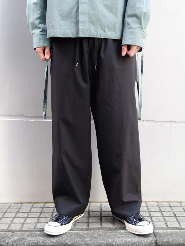 "ANEI (アーネイ)  ""ISLE PANTS"" <ワイドパンツ> - BLACK"
