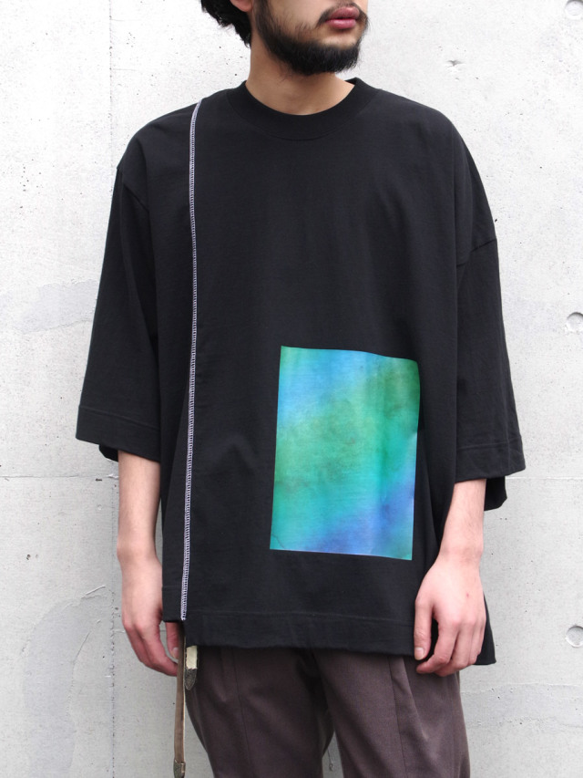 """JieDa(ジエダ)  """"PRINTED ASYMMETRY T-SHIRT"""" <Tシャツ/カットソー> - BLACK"""