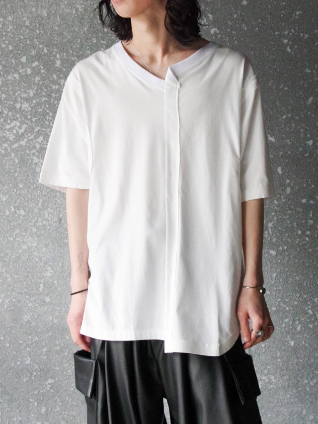 "<2021SS> LEH (レー)  ""ASYMMETRY S/S T-SHIRT"" <カットソー Tシャツ>"