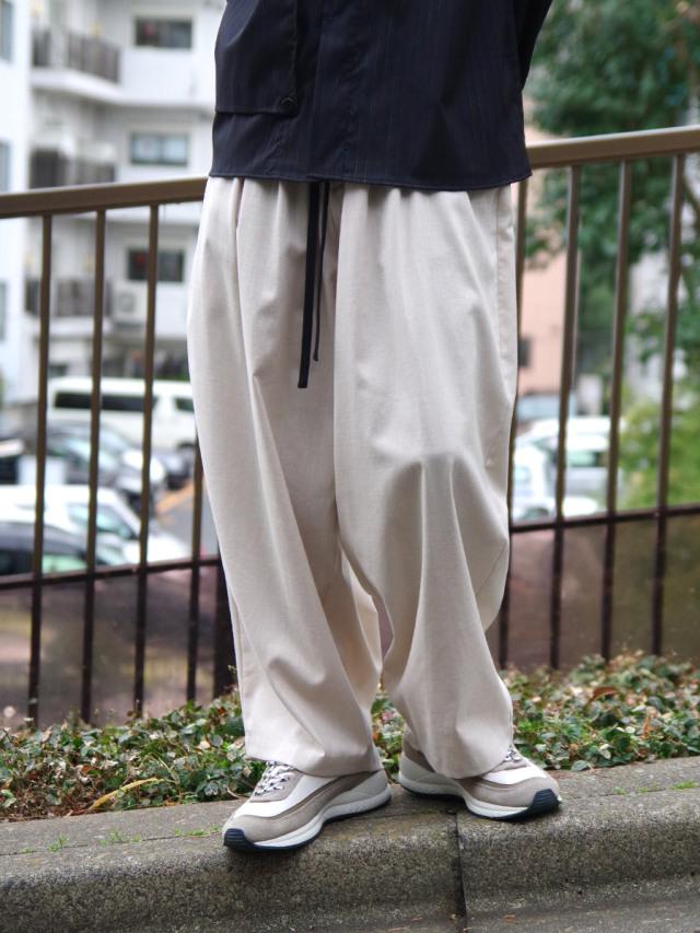 "【21SS】 my beautiful landlet (マイビューティフルランドレット)  ""COTTON LYOCEL&LINEN CANVAS BACK WRAP WIDE EASY PANTS"" <パンツ> - BEIGE"