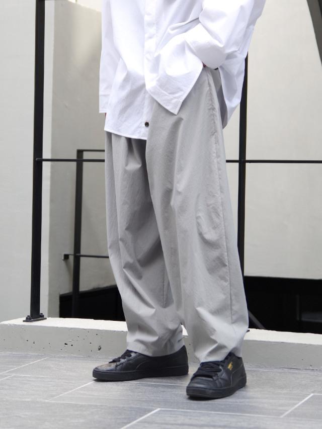 """【21SS】 my beautiful landlet (マイビューティフルランドレット)  """"TECHNO WIDE EASY PANTS"""" <パンツ> - LIGHT GRAY"""