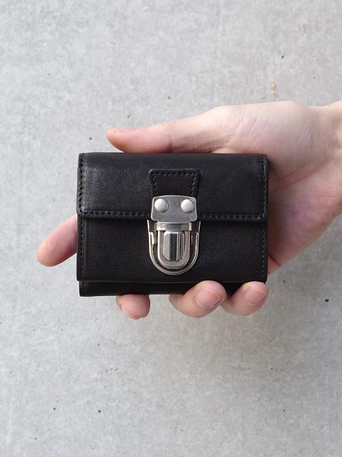 "PATRICK STEPHAN (パトリックステファン) ""Leather trifold wallet"" 'cartable' #174AWA10 <3つ折り財布> - BLACK×SILVER"
