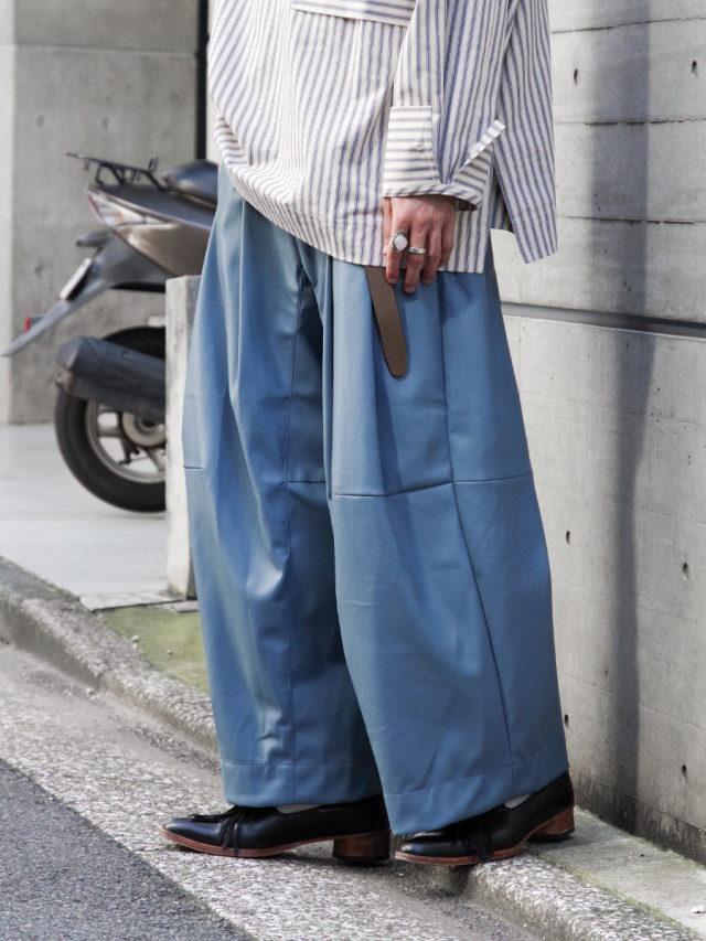 """SHINYAKOZUKA """"BAGGY"""" - PALE BLUE"""