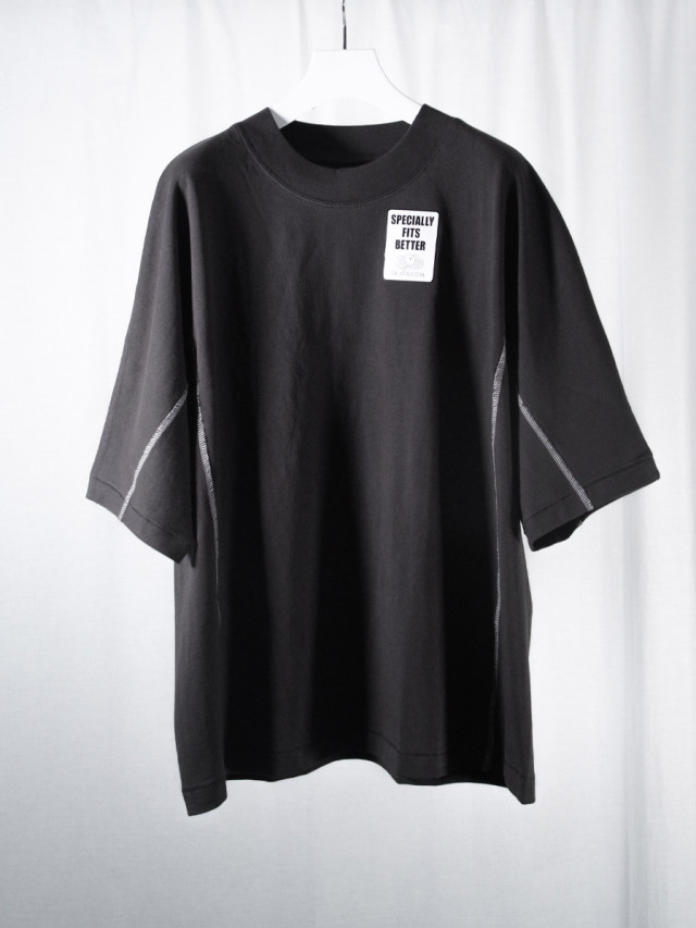 """【2021SS】 SHINYAKOZUKA (シンヤコヅカ) """"DOLMAN WITH FRUIT OF THE LOOM"""" <Tシャツ カットソー> - BLACK"""
