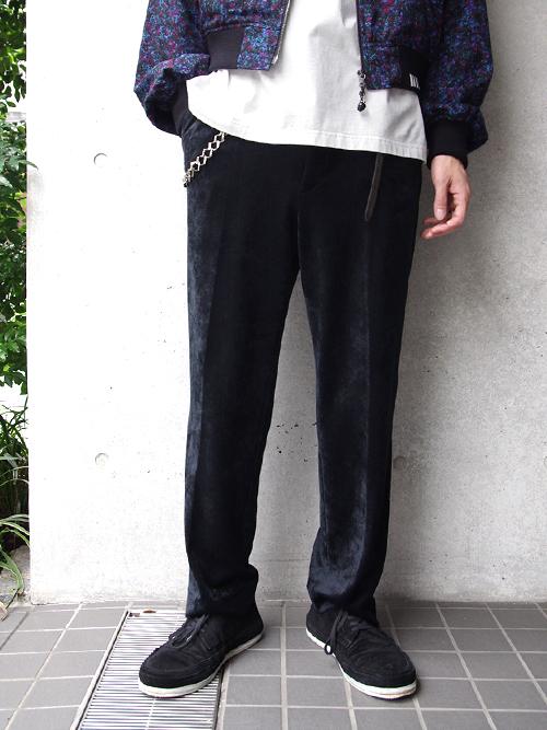 """【18AW】 SOE (ソーイ)  """"Tapered Velvet Trousers"""" <ベルベットスラックス> - BLACK"""