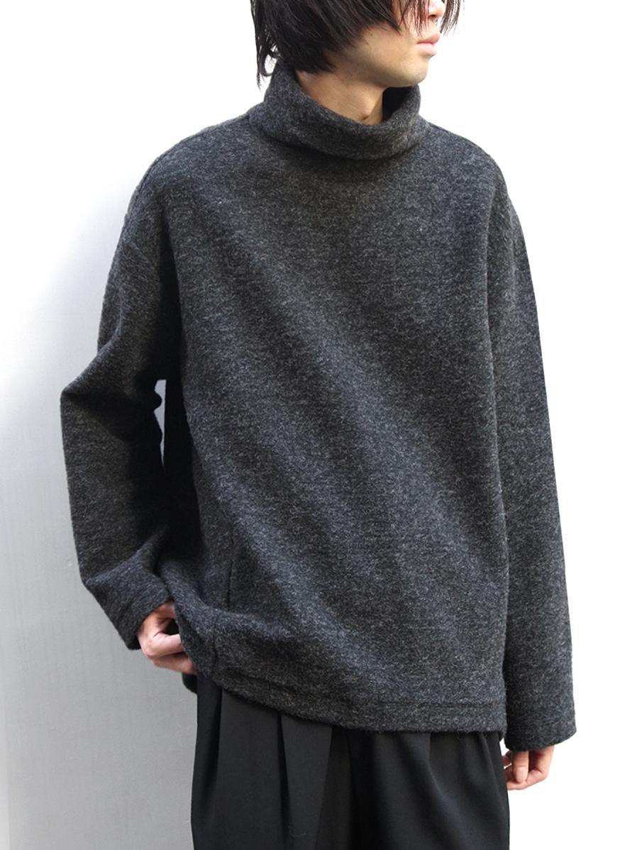 "【19AW】 my beautiful landlet (マイビューティフルランドレット)  ""blending knit high necked"" <ニット> - CHARCOAL"