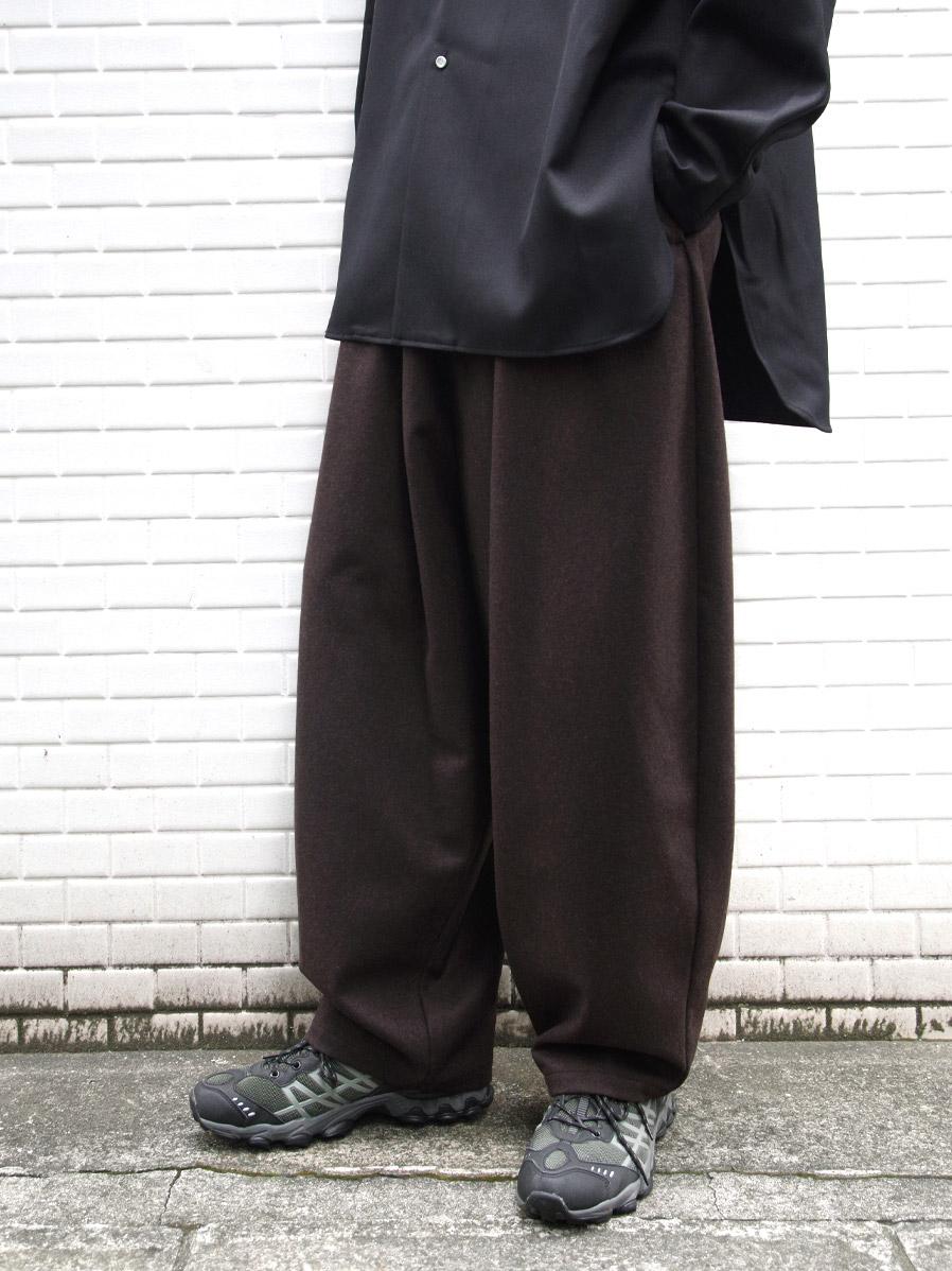 "【20AW】 my beautiful landlet (マイビューティフルランドレット)  ""FLANNEL WOOL WIDE EASY PANTS"" <パンツ> - BROWN"