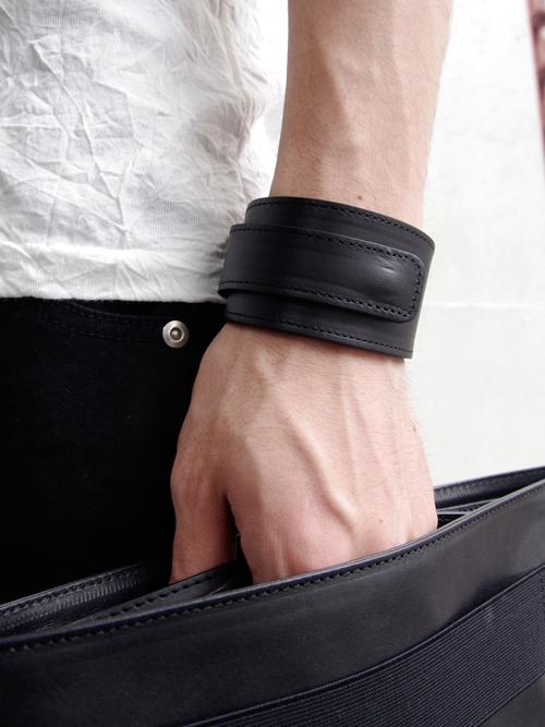 "PATRICK STEPHAN (パトリックステファン) ""Leather bracelet 'ribbon'"" <レザーブレスレット>"