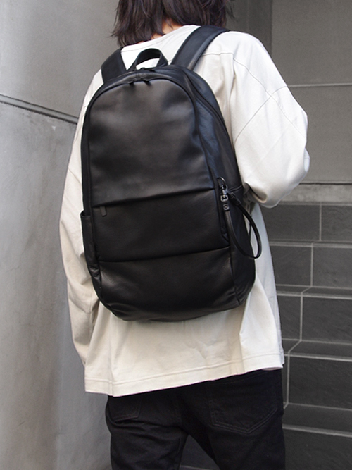 """PATRICK STEPHAN (パトリックステファン) """"Leather backpack 'round double F'"""" #172ABG03 <リュック/バックパック>"""