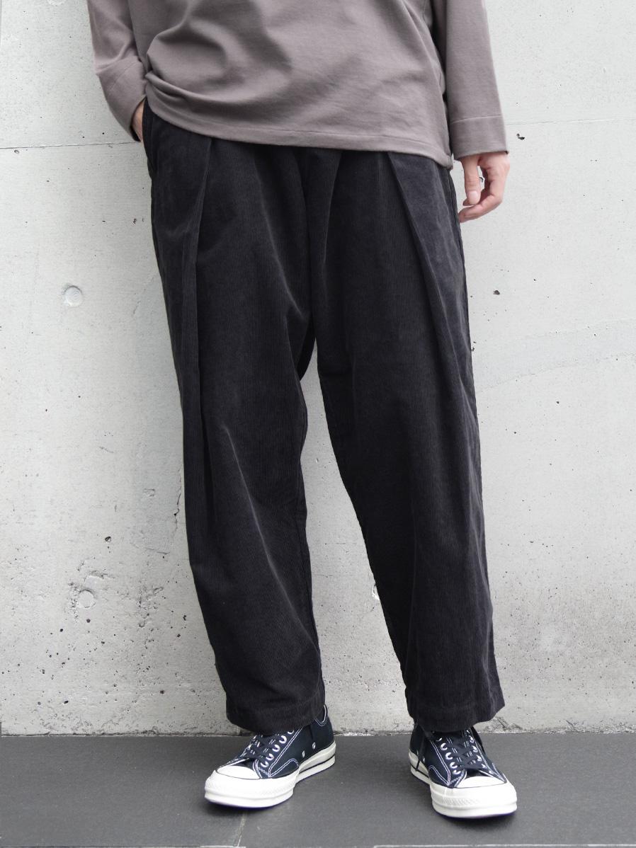 """【新色/GILETの新ブランド】 ■RELAXFIT (リラックスフィット) """"WRAP EASY CORDUROY PANTS"""" <イージーパンツ> - BLACK"""