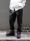 "【21SS】 JieDa (ジエダ) ""FAKE LEATHER 2TUCK TAPERED PANTS"" <パンツ>"
