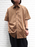 "【20SS】 VOAAOV (ヴォアーブ)  ""stripe S/S shirt"" <シャツ> - BROWN"