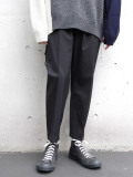 "【19AW】 wizzard (ウィザード)  ""GABARDINE PLEATED CROP TROUSERS"" <クロップドパンツ/スラックス>"