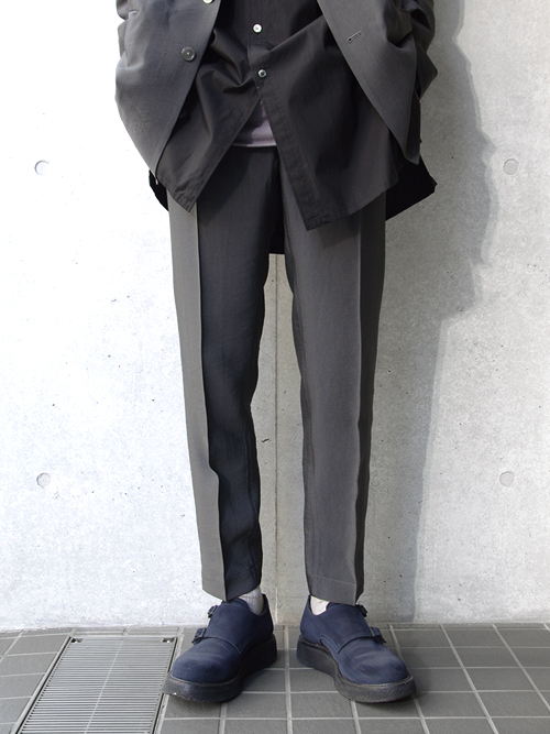 "【19SS】 soe (ソーイ)  ""Chambray Slacks Easy Fitting"" <イージースラックス> - GRAY"