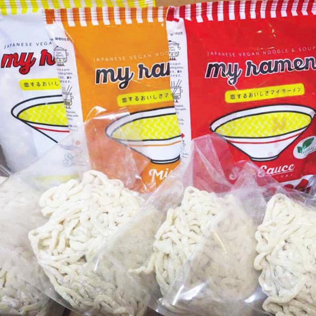 麺や七彩無化調ラーメンセット