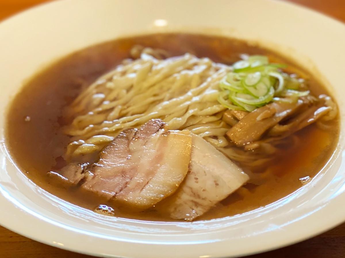 麺や七彩 プレミアム煮干し醤油 らーめん